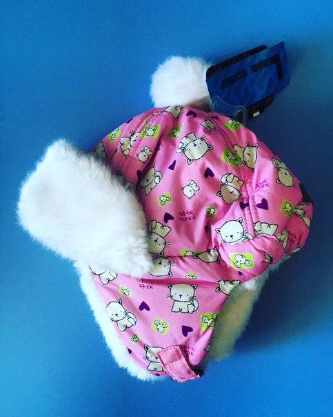 яркая меховая шапка для девочки