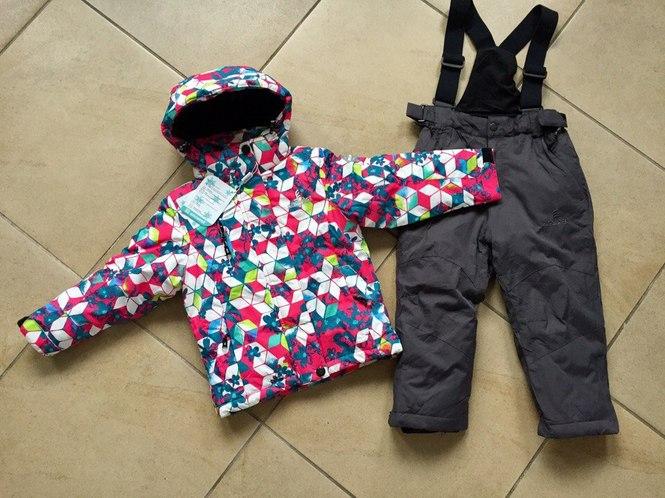Зимний костюм для девочки на 6 лет