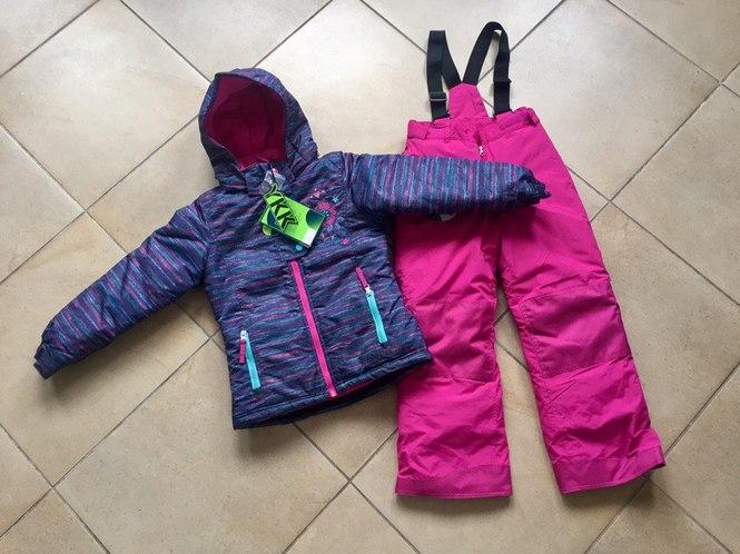 Зимний костюм для девочки на пять лет